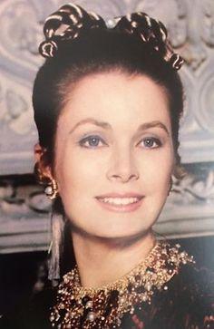 "graciemonaco: ""Princess Grace of Monaco Credit: Grace Kelly: Hollywood Dream Girl by Manoah Bowman and Jay Jorgensen (2017, HC) """
