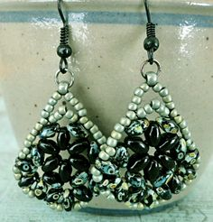 Linda's Crafty Inspirations: Bethany Earrings & Duo Kheops Set - Jet Picasso