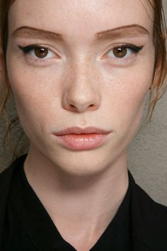 Prada at Milan Spring 2015 (Backstage). http://votetrends.com/polls/369/share #makeup #beauty #runway #backstage