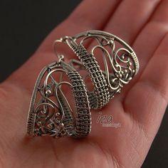 Beautiful earring design by Iza Malczyk