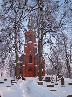 beautiful norwegian church...i would love to see norway!