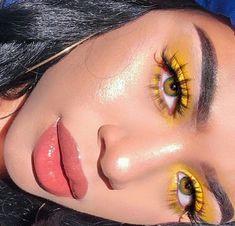 smoky eyes, bold lipstick and nail art. Beautiful, natural make-up, make-u … – smoky eyes, bold lipstick and nail art. Cute Makeup, Glam Makeup, Gorgeous Makeup, Pretty Makeup, Skin Makeup, Makeup Inspo, Makeup Inspiration, Beauty Makeup, Makeup Ideas