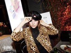 SMTOWN Vyrl f(x) - 'RED LIGHT' + 'Shake That Brass' Era Jessica & Krystal, Krystal Jung, Fx Luna, Halloween Party, Victoria, Punk, Celebrities, Red, Shake