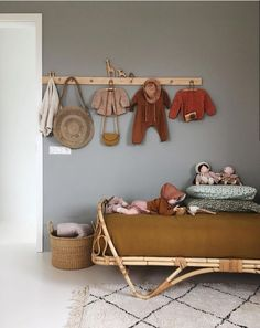 Yellow Baby Room: Awesome Models and Tips! Baby Bedroom, Girls Bedroom, Bedroom Decor, Bedroom Ideas, Childrens Bedroom, Bedroom Vintage, Crib, Kids Room, Toddler Bed
