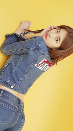 Suzy (수지) is a South Korean actress and solo singer under Management SOOP. Suzy debuted as a member of MissA in March 2010 under JYP En. Cute Asian Girls, Beautiful Asian Girls, Korean Celebrities, Celebs, Miss A Suzy, Asian Models Female, Get Skinny Legs, Kpop Girl Bands, Bae Suzy