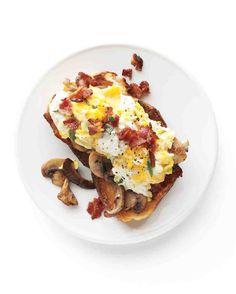 Mushroom-Garlic Toasts Recipe