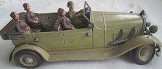 OLD German Hausser Elastolin Tin Toy Car + soldiers 20 cm long 1930s