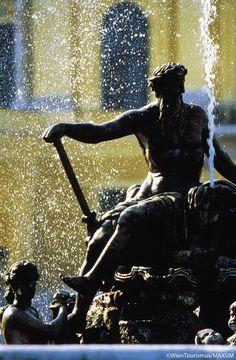 Neptune fountain; Schonbrunn Palace