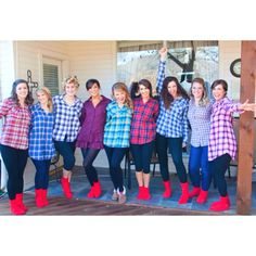 Love the idea of having all the bridesmaids wear semi-matching outfits (and those socks!) while getting ready :)