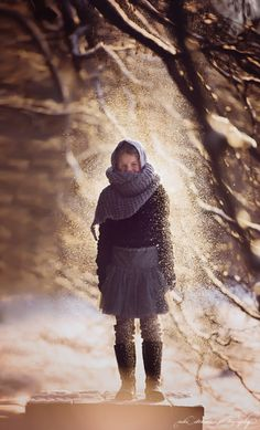 Tips on doing a Successful Winter Portrait Session in the Snow // Belovely You