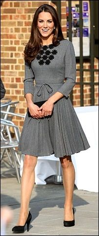No one quite knows how to dress classy like Duchess Kate!
