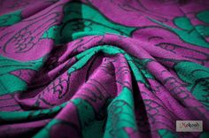 Mokosh-wrap Doves of Peace Lilacs maize 13%, bamboo/bamboo-viscose 20%, cotton 65%, angora 2% Thickness: 290 g/m2