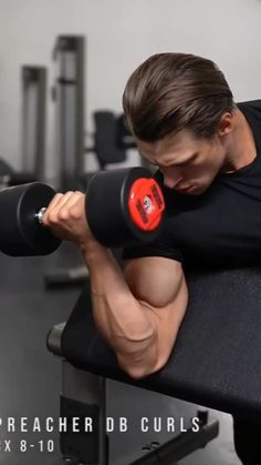 Gym Workout Chart, Gym Workout Videos, Gym Workout For Beginners, Dumbbell Workout At Home, Bicep And Tricep Workout, Gladiator Workout, Shoulder Workout Routine, Academia Fitness, Weight Training Workouts