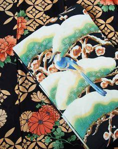 きものさらさ9月催事9月14日(土)13時~18時場所:きものさらさ 東京サロン秋のニュアンスが漂う着物や帯が勢揃い。是非、お気軽に遊びにいらしてくださいませ。黒地に花輪違文様が映える雅やかなデザインの小紋です。上品かつ華やかな