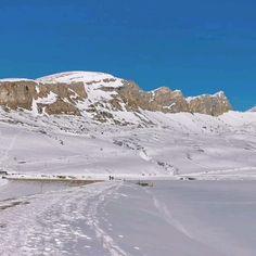 Sonne und Energie tanken in den Bergen. Die Melchsee Frutt ist auf 1920 m ü.M und die Sicht auf die umliegenden Berge ist atemberaubend. 1920, Bergen, Mount Everest, Mountains, Nature, Travel, Switzerland, Sun, Naturaleza