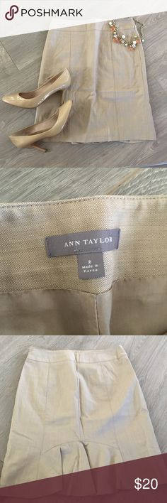 💜 Ann Taylor Pencil Skirt Again, so sorry for the wrinkles with this item. We will iron before shipping! Small snag at top, back band (see last photo). Otherwise, wonderful condition. The shoes and accessories pictured are not for sale, but in regards to this listing... We love the offer button! 💕 Lex & Lizzie Ann Taylor Skirts Pencil
