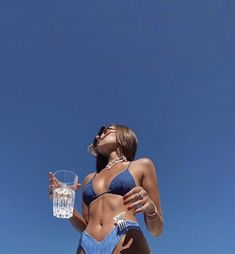 Bikinis Tumblr, Mädchen In Bikinis, Bikini Swimwear, Summer Swimwear, Shotting Photo, Summer Vibe, Summer Body, Beach Poses, Summer Poses Beach