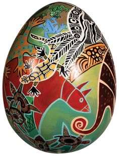 'Ouroboros' by Roland Corbin.  The Ancient Greek symbol of an Ouroboros - a serpent eating its tail - is depicted on this egg. It represents the eternal unity of all things and the cycle of life and death, the theme of this work, and is a gentle nod to the eternal chicken and egg conundrum.
