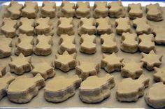 zázvorové nafukance Christmas Sweets, Christmas Cookies, Cheesecake, Baking, Recipes, Food, Tv, Christmas Class Treats, Xmas Cookies