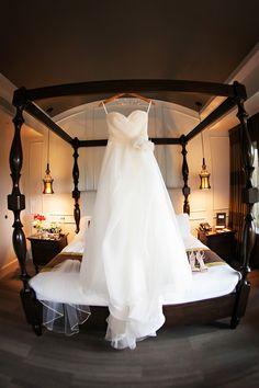 Classic sweetheart wedding dress