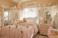 Pink Dream Room girly pink home vintage pretty bed soft decorate shabby chic ideas