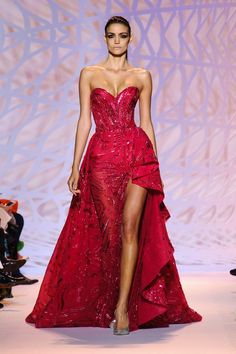 Zuhair Murad Haute Couture Fall-Winter 2014 2015 Fashion Week in Paris Haute Couture Dresses, Haute Couture Fashion, Spring Couture, Fashion Week, Fashion Show, Net Fashion, Paris Fashion, High Fashion, Dress Fashion