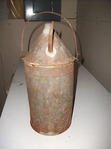 Bidon d'huile à moteur antique West Island Greater Montréal image 1