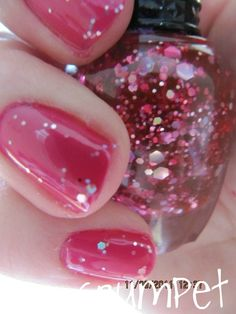 Kleancolor- Fuschia Glitter.
