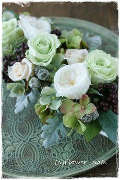 【オーダーレッスン】生徒さんの作品 Gardening, Flowers, Lawn And Garden, Royal Icing Flowers, Flower, Florals, Floral, Horticulture, Blossoms