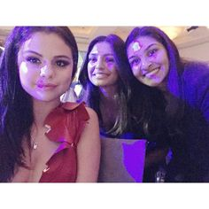 @maaeda: Don't know what's on our faces but Selena Gomez
