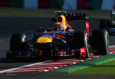An eventful qualifying session saw Mark Webber take pole position after team mate Sebastian Vettel was hampered by a KERS glitch in 2013 Japanese Grand Prix Q3
