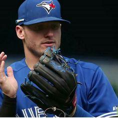 Josh Donaldson, Toronto Blue Jays, Bowling, Captain Hat, Rain, Baseball, Sports, Rain Fall, Baseball Promposals