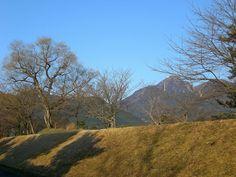 菰野町大羽根園地区 御在所岳   平成25年3月22日撮影