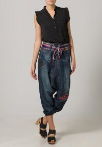 Desigual - MARY - Boyfriend jeans - denim dark blue