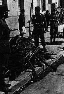 Operación Hannibal: Los Fallschirmjäger asaltan el Canal de Corinto - 26/04/1941.