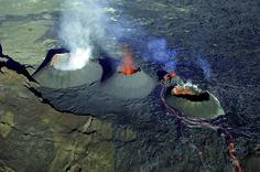 Route du volcan | Ile de La Réunion Tourisme http://tracking.publicidees.com/clic.php?promoid=33706&progid=1270&partid=48172