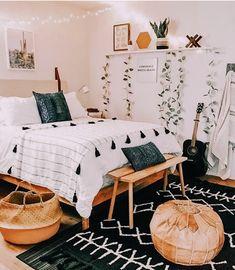 Tumblr Bedroom Decor, Boho Bedroom Decor, Room Ideas Bedroom, Cute Bedroom Ideas, Home Bedroom, Bedroom Inspo, Bedroom Quotes, Bedroom Signs, Nursery Ideas