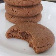 These Chocolate Peanut Butter Cookies Only Need 4 Ingredients