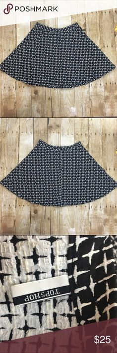 """Top shop high waisted circle skirt There is no size tag but the waist measures at 26"""" so I'm listing as a small- please measure your waist before purchasing - super cute and high waisted very full circle skirt back zip closure and has pockets! Topshop Skirts Mini"""