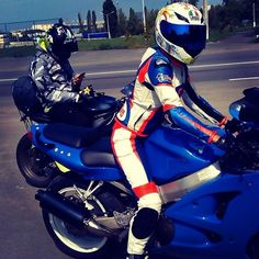 Motorbike Leather Jacket, vest  Fashion Racing motorcycle clothing (мотоэкипировка), motorbike-equipment and moto accessories (одежда для мотоциклистов и мото аксессуары) Пошив мотоэкипировки: мотокуртка, мотоштаны, мотокомбинезон
