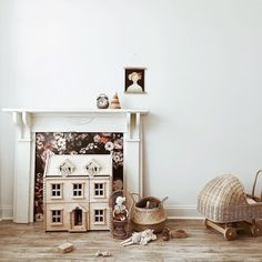 Love the floral fireplace and all the light wood tones