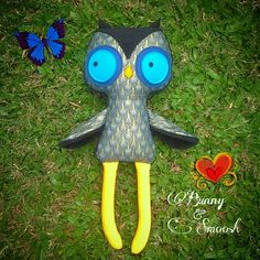 Awesome large owl with gold edged feather fabric and cuddle fleece. Hand made by #Bunny&Smoosh