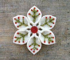 Snowflake or flower.... would make a cute hair clip