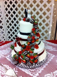 Chocolate strawberries wedding cake#Wedding#Cakes