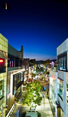 Santa Monica 3rd Street Promenade - Photograper RJ Esperon