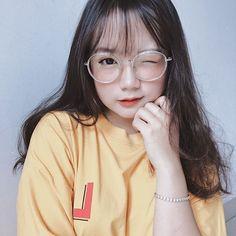 Pretty Korean Girls, Korean Beauty Girls, Cute Korean Girl, Cute Asian Girls, Cute Girls, Cute Kawaii Girl, Cute Girl Face, Cute Girl With Glasses, Japonese Girl