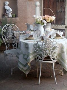 vintage tabletop cloth and chairs