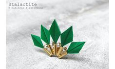 Stalactite boucle plumes BabyParrot vert #stalactite #earring #green