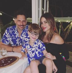 """Sofia Vergara on Instagram: """"Mothers day weekend🌸🌸🌸"""" Mothers Day Weekend, Joe Manganiello, Sofia Vergara, Handsome, Couple Photos, Couples, Instagram, Fasion, Women"""