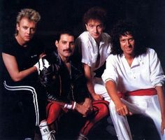 Awesome photo of Queen!!!